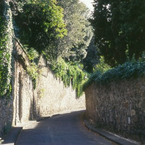 The ancient Via San Leonardo leads up out of the center of Florence on the south side of the Arno river and climbs up into the hills to Pian dei Giullari where one finds the villa in which Galileo spent his last years.