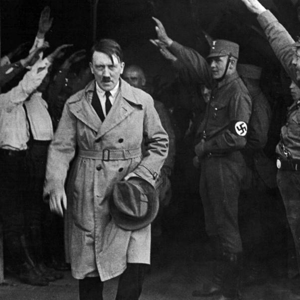 Hitler, 1945